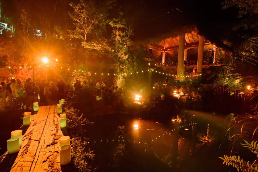 Corporate Events and Meetings - Restaurant inside the woods and water
