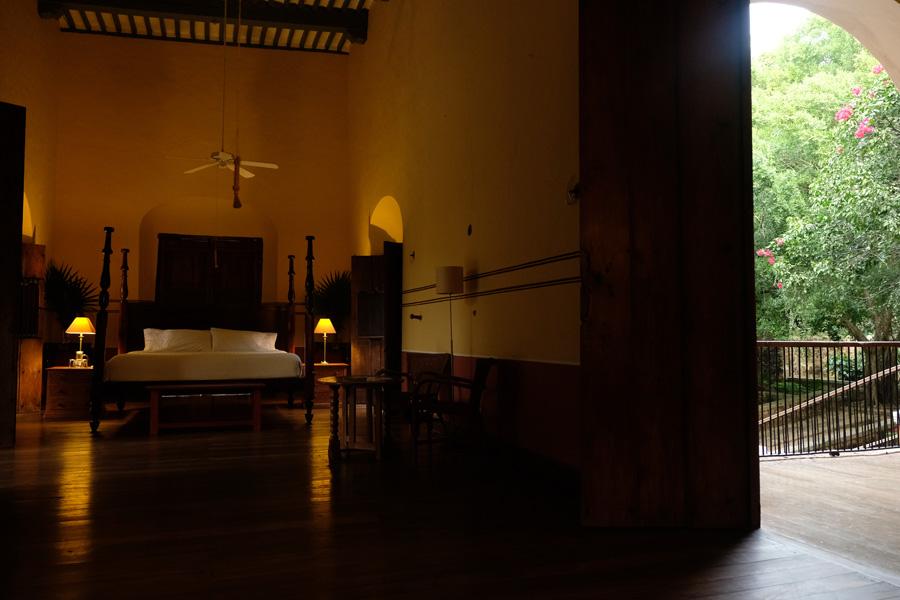 Nat Geo Expeditions Descubre Secretos Mayas - Hotel room an green
