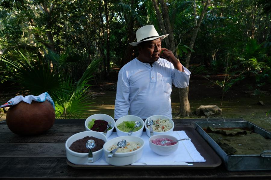 Nat Geo Expeditions Descubre Secretos Mayas - Food prepared